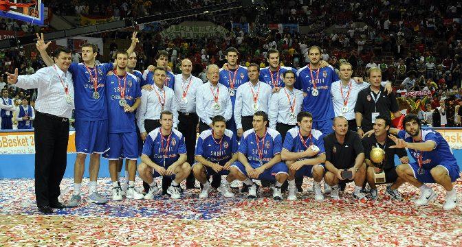 Istorija: 2009, godina povratka Srbije